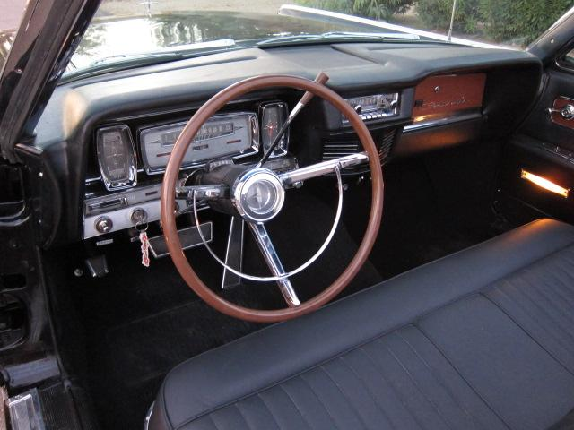 1962 LINCOLN CONTINENTAL CONVERTIBLE - Interior - 116943