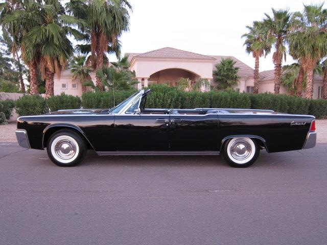 1962 LINCOLN CONTINENTAL CONVERTIBLE - Side Profile - 116943