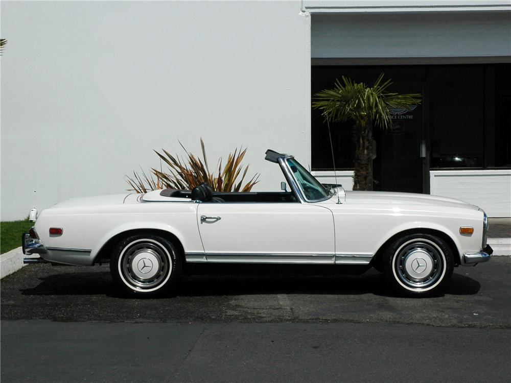 1969 mercedes benz 280sl roadster 117010 for Mercedes benz dealership seattle