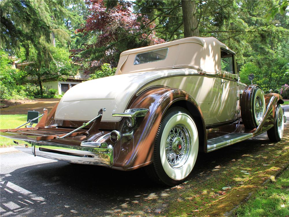 1933 PACKARD ROADSTER RE-CREATION - Rear 3/4 - 117020
