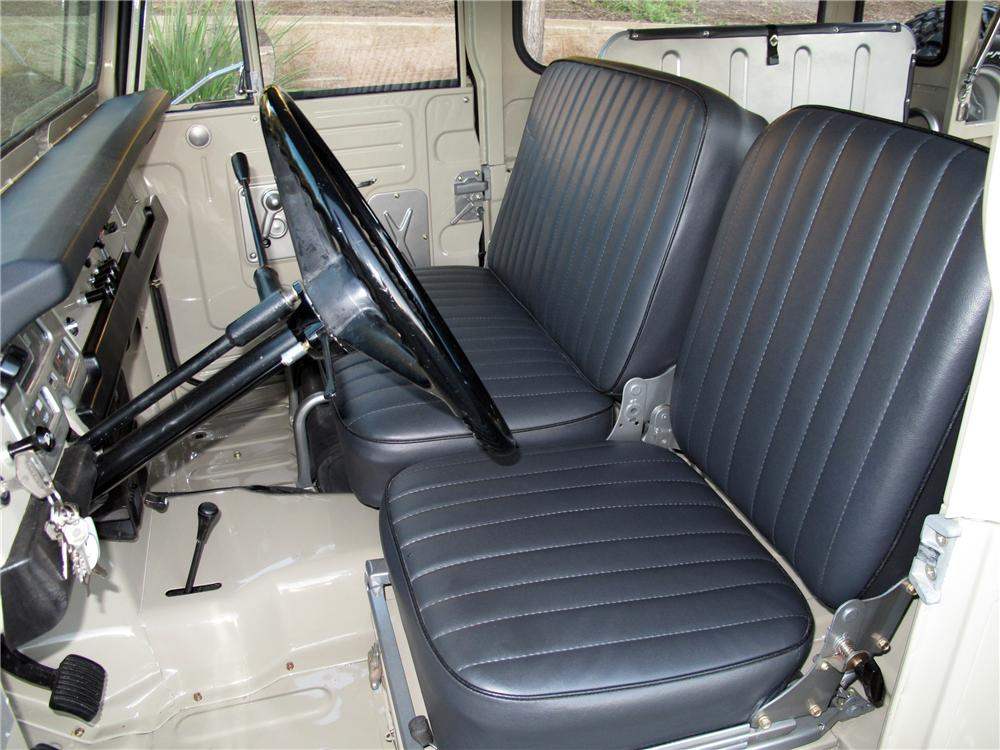 1969 TOYOTA LAND CRUISER FJ-40 2 DOOR HARDTOP - Interior - 117058