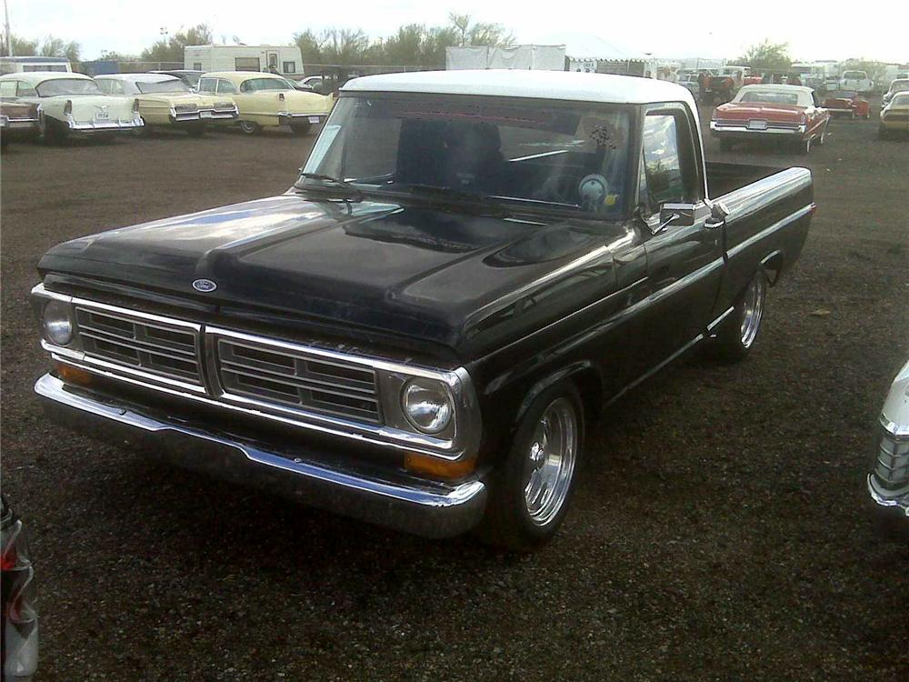 1972 FORD F-100 CUSTOM PICKUP - Front 3/4 - 117059