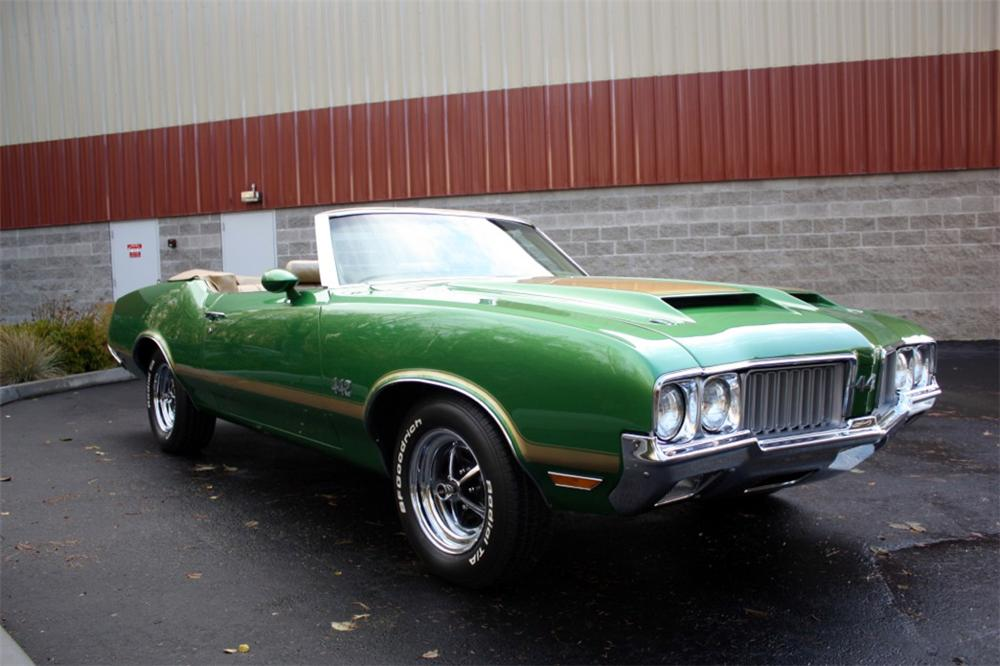 1970 OLDSMOBILE CUTLASS 442 CONVERTIBLE - Front 3/4 - 117076
