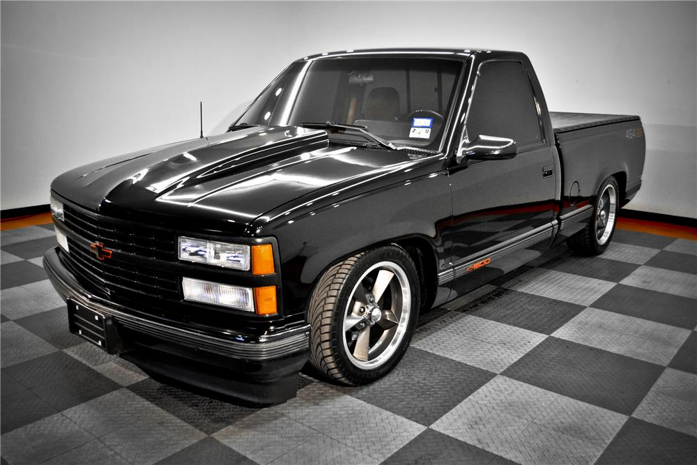 1990 CHEVROLET 454SS CUSTOM PICKUP - Front 3/4 - 117077