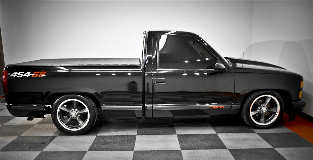 1990 CHEVROLET 454SS CUSTOM PICKUP - Side Profile - 117077