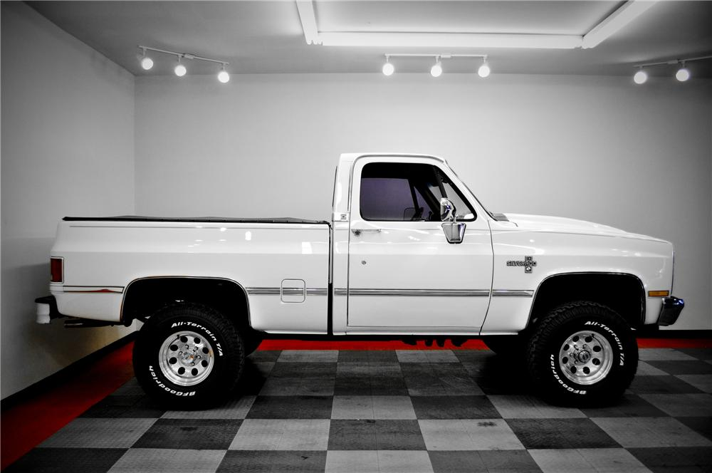 1987 CHEVROLET SILVERADO 10 PICKUP - Side Profile - 117079