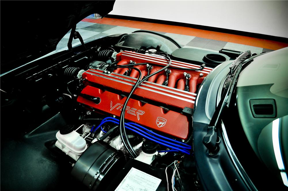 1994 DODGE VIPER RT/10 CONVERTIBLE - Engine - 117083