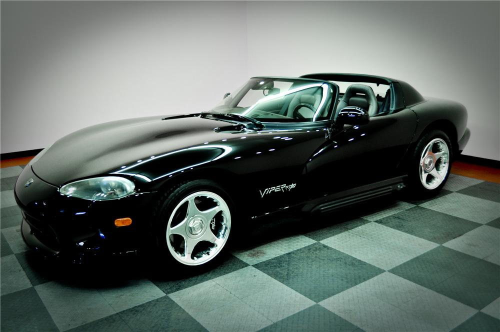 1994 DODGE VIPER RT/10 CONVERTIBLE - Front 3/4 - 117083