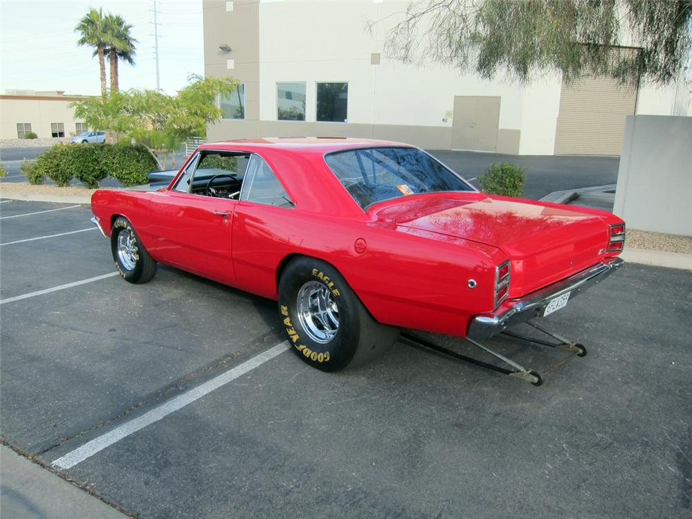1968 DODGE HEMI DART SUPER STOCK - Rear 3/4 - 117084