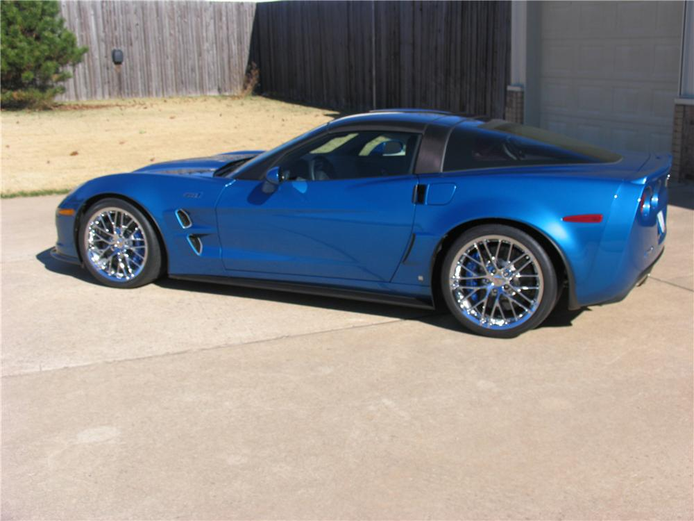 2009 CHEVROLET CORVETTE ZR1 COUPE - Side Profile - 117086