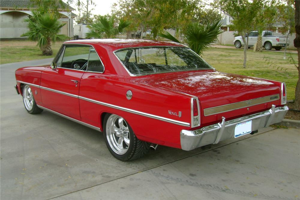 1967 CHEVROLET NOVA CUSTOM 2 DOOR HARDTOP - Rear 3/4 - 117103