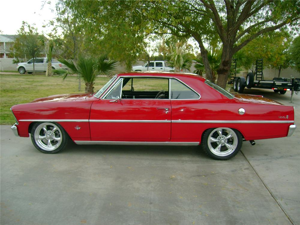 1967 CHEVROLET NOVA CUSTOM 2 DOOR HARDTOP - Side Profile - 117103