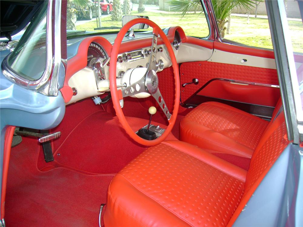 1957 CHEVROLET CORVETTE CONVERTIBLE - Interior - 117110