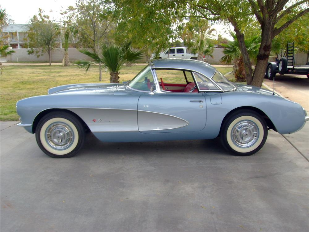 1957 CHEVROLET CORVETTE CONVERTIBLE - Side Profile - 117110