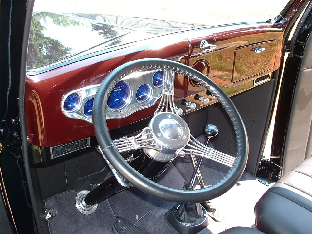 1936 FORD CUSTOM 2 DOOR SEDAN - Interior - 117135