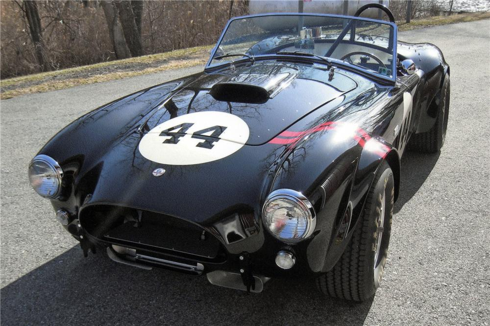 1963 SHELBY COBRA RE-CREATION ROADSTER - Front 3/4 - 117152