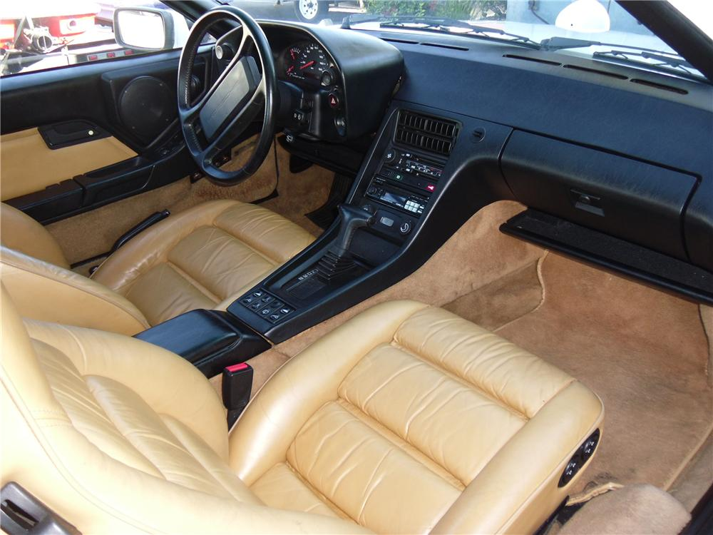 1989 PORSCHE 928 2 DOOR COUPE - Interior - 117170