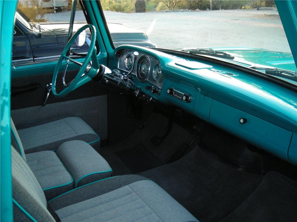 1965 FORD F-100 CUSTOM PICKUP - Interior - 117173