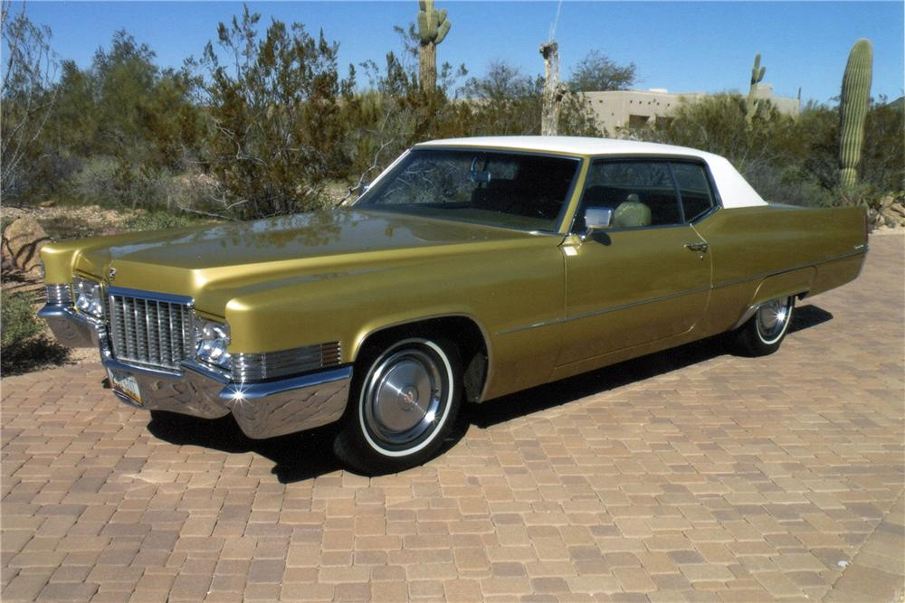1970 CADILLAC COUPE DE VILLE 2 DOOR COUPE - Front 3/4 - 117176