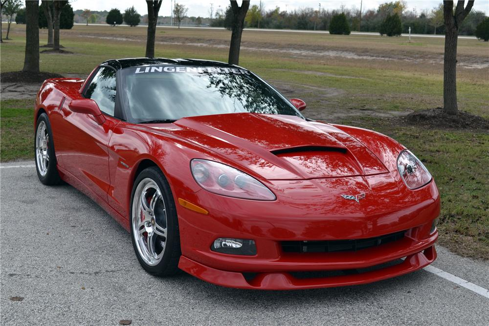 2006 CHEVROLET CORVETTE COUPE - Front 3/4 - 117189