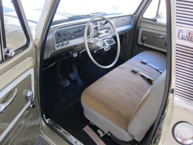 1966 CHEVROLET C-10 FLEETSIDE PICKUP - Interior - 117197