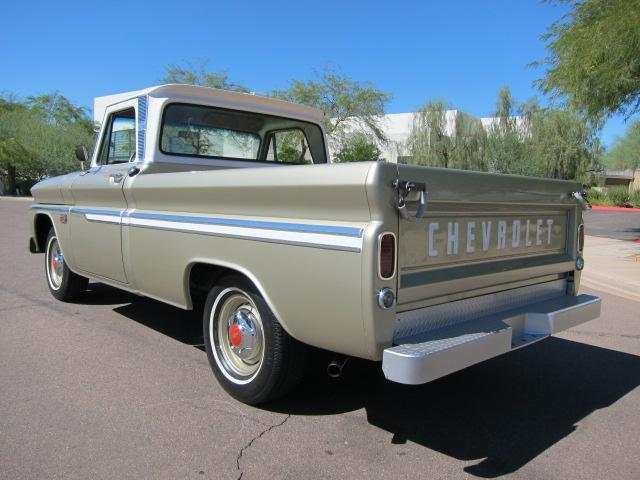 1966 CHEVROLET C-10 FLEETSIDE PICKUP - Rear 3/4 - 117197