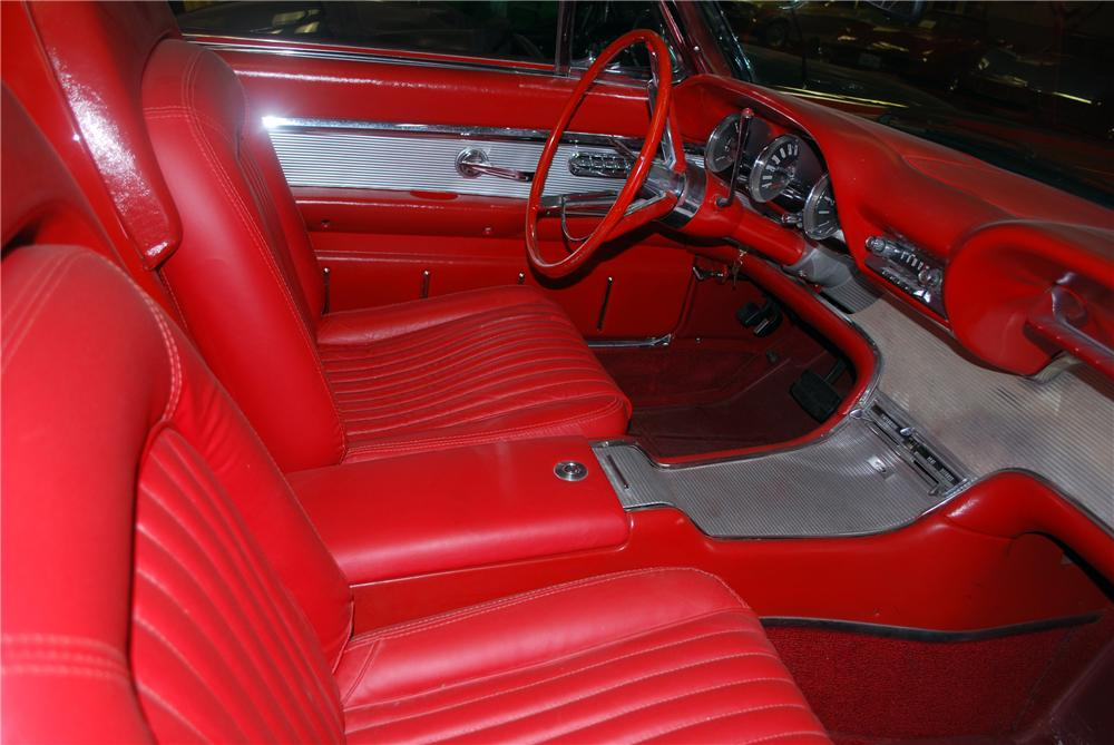 1962 FORD THUNDERBIRD SPORTS ROADSTER - Interior - 117206