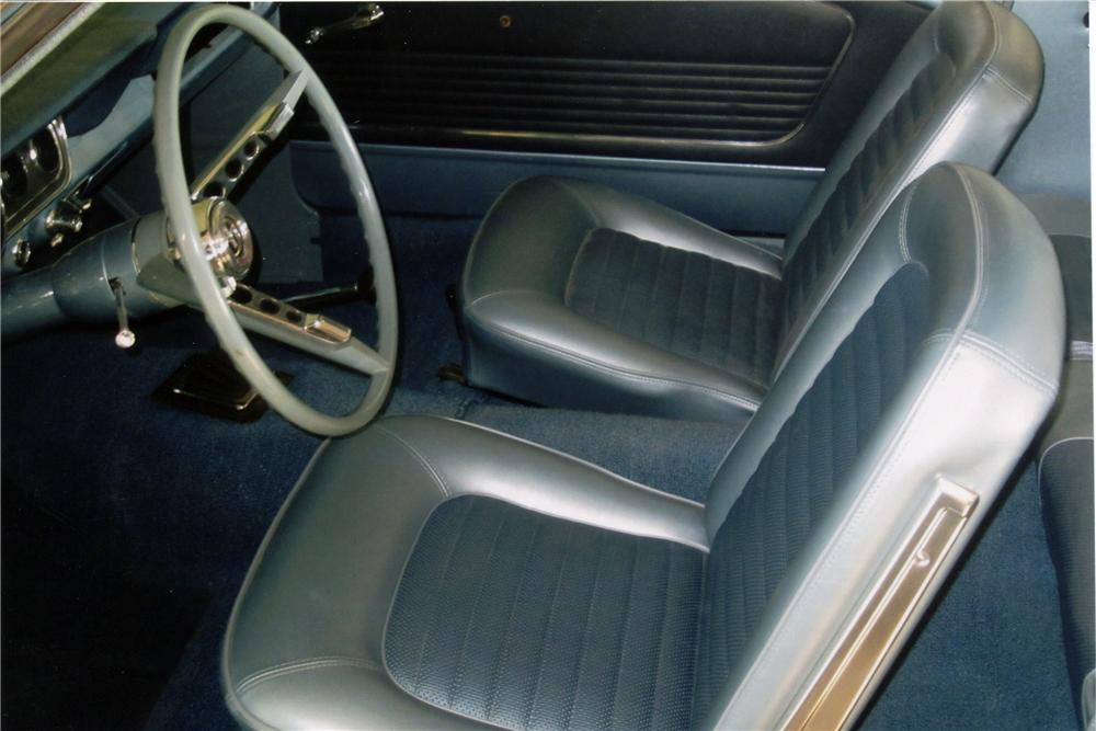 1966 FORD MUSTANG 2 DOOR COUPE - Interior - 117210