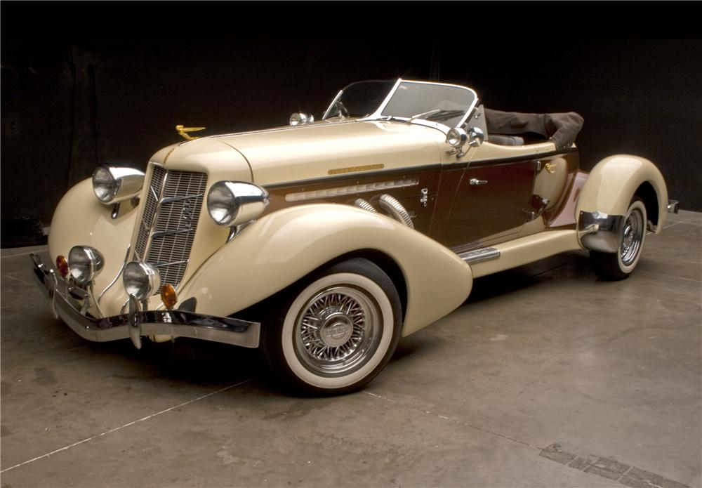 1935 AUBURN BOATTAIL SPEEDSTER RE-CREATION - Front 3/4 - 117220