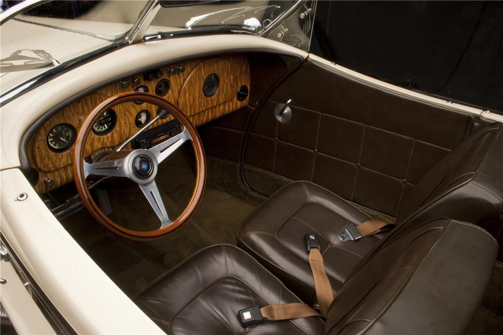 1935 AUBURN BOATTAIL SPEEDSTER RE-CREATION - Interior - 117220