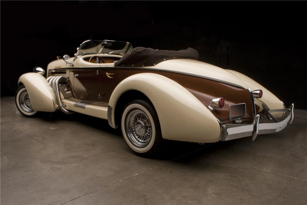 1935 AUBURN BOATTAIL SPEEDSTER RE-CREATION - Rear 3/4 - 117220