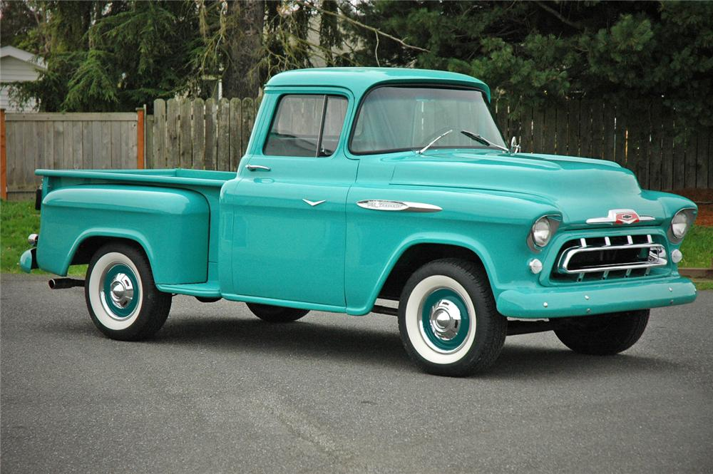 1957 CHEVROLET 3100 PICKUP - Front 3/4 - 117222