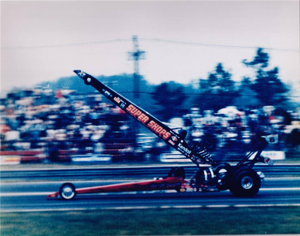 "2011 DIEHARD BATTERY POWERED REPLICA DRAGSTER BUILT FOR ""GARLITS VS. GWYNN"" - Front 3/4 - 117237"