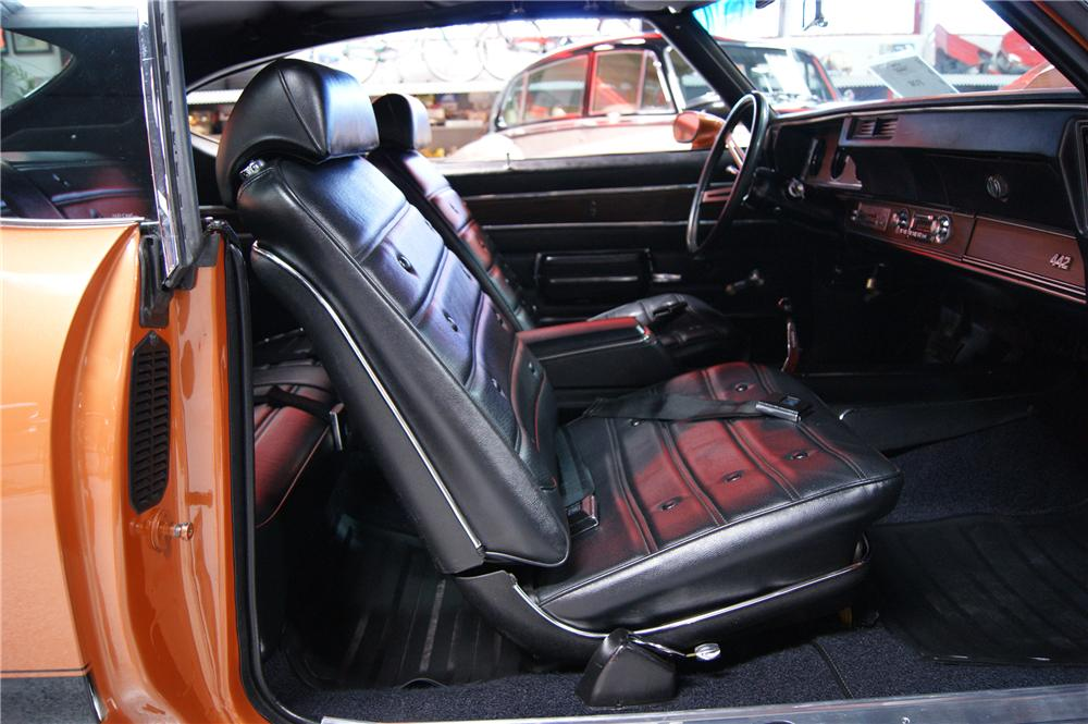 1971 OLDSMOBILE 442 W30 COUPE - Interior - 117247