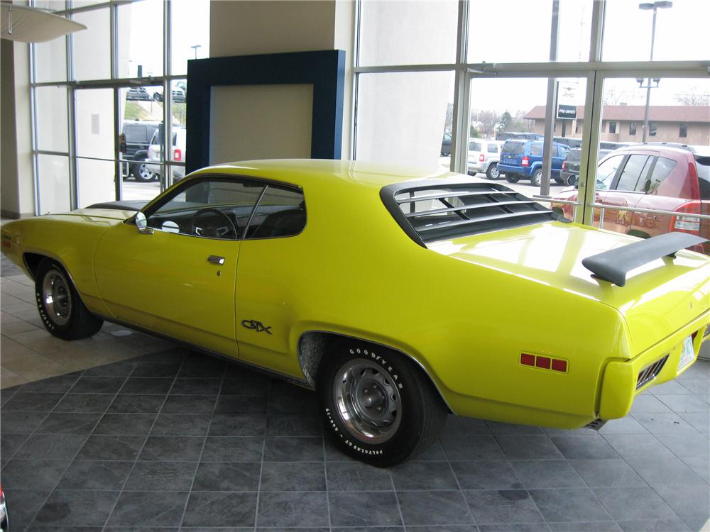 1971 PLYMOUTH GTX 2 DOOR COUPE - Rear 3/4 - 117254
