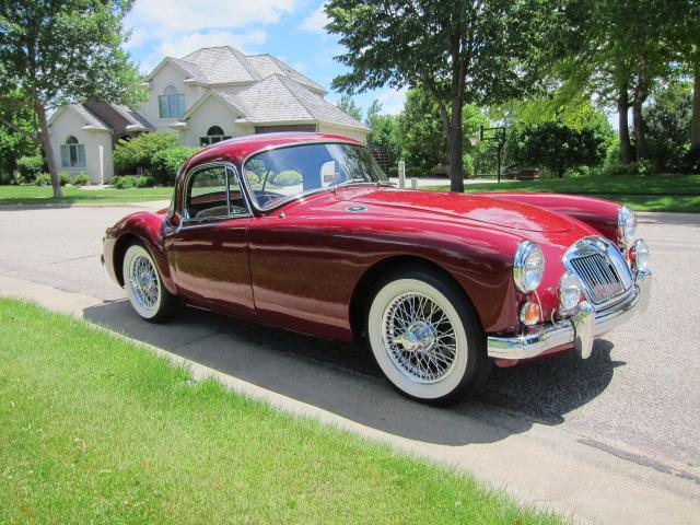 1959 MG A COUPE - Front 3/4 - 117272