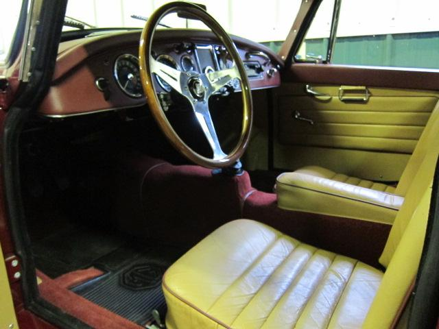 1959 MG A COUPE - Interior - 117272