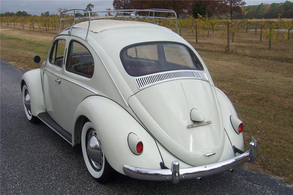 1958 VOLKSWAGEN BEETLE SLIDE ROOF - Rear 3/4 - 117277