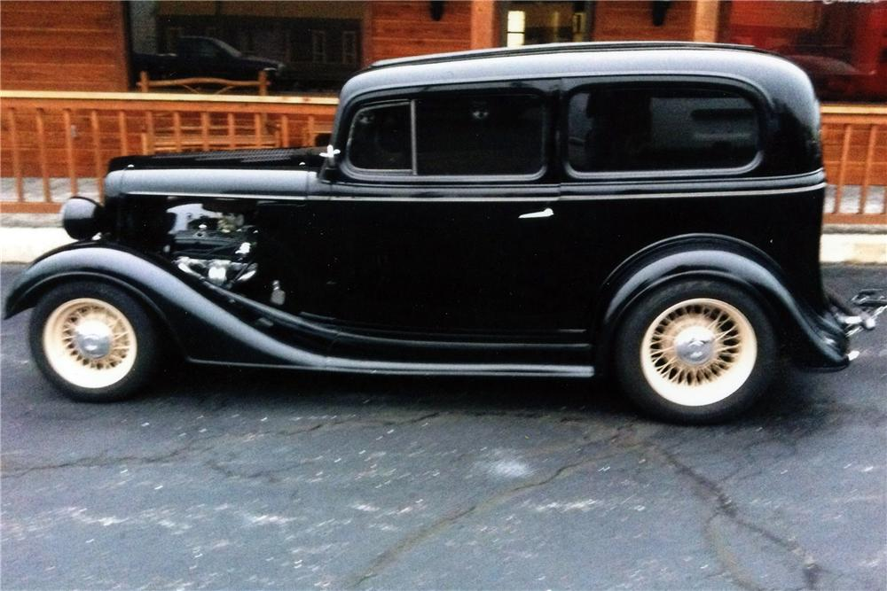 1934 CHEVROLET CUSTOM 2 DOOR SEDAN - Side Profile - 117283