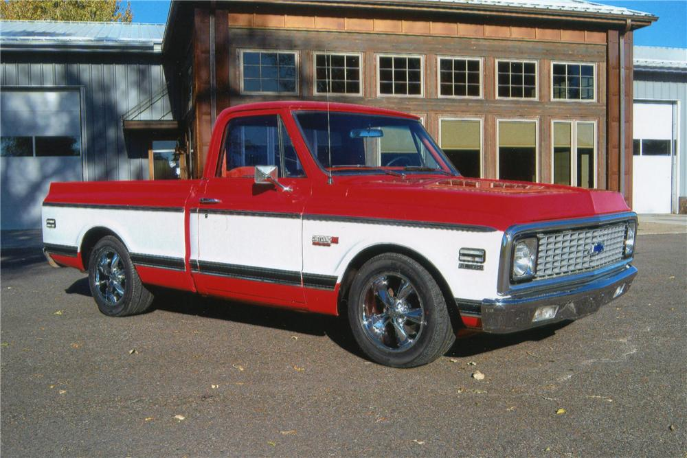 1972 CHEVROLET C-10 CUSTOM PICKUP - Front 3/4 - 117289