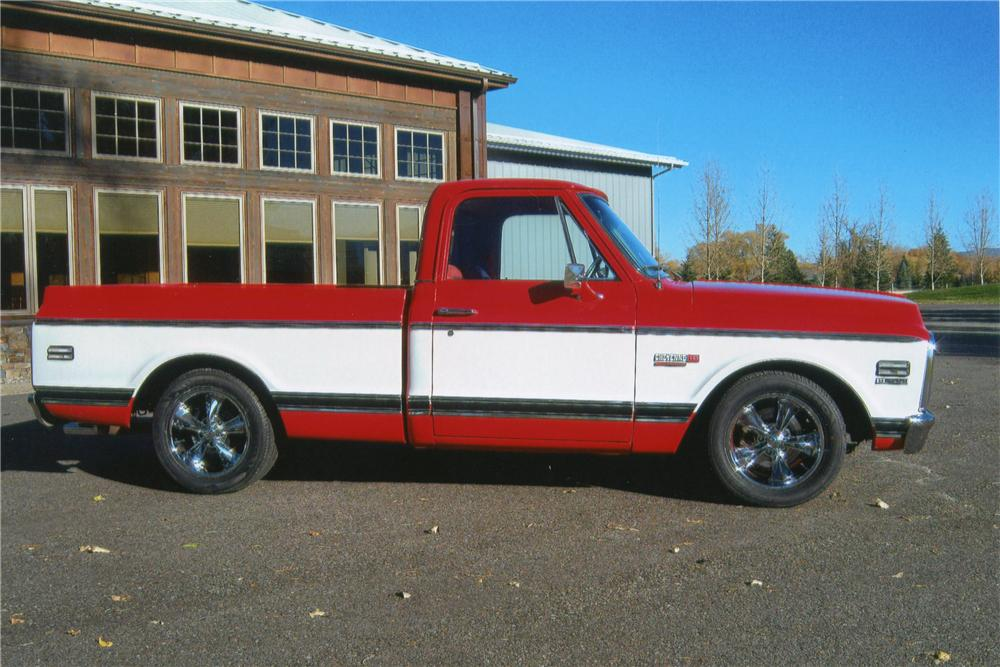 1972 CHEVROLET C-10 CUSTOM PICKUP - Side Profile - 117289