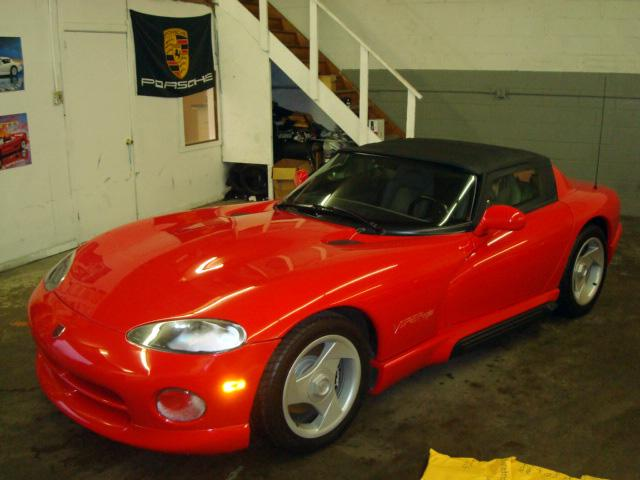 1992 DODGE VIPER RT/10 CONVERTIBLE - Front 3/4 - 117291