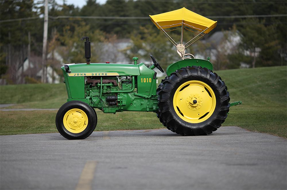 1964 JOHN DEERE 1010 TRACTOR - Side Profile - 117299