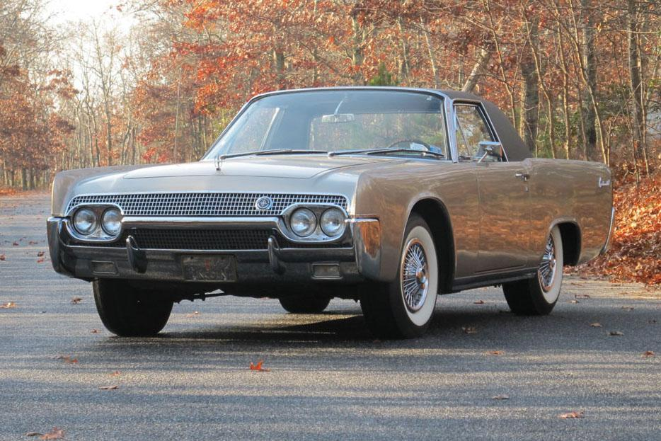 1962 LINCOLN CONTINENTAL CUSTOM 2 DOOR COUPE - Front 3/4 - 117301