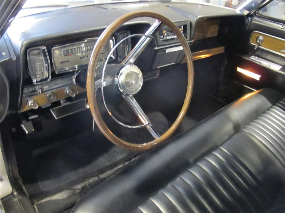 1962 LINCOLN CONTINENTAL CUSTOM 2 DOOR COUPE - Interior - 117301