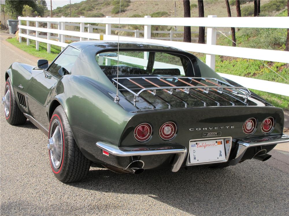 1969 CHEVROLET CORVETTE 2 DOOR COUPE - Rear 3/4 - 117309