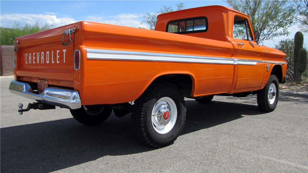 1964 CHEVROLET 1/2 TON 4X4 PICKUP - Rear 3/4 - 117313