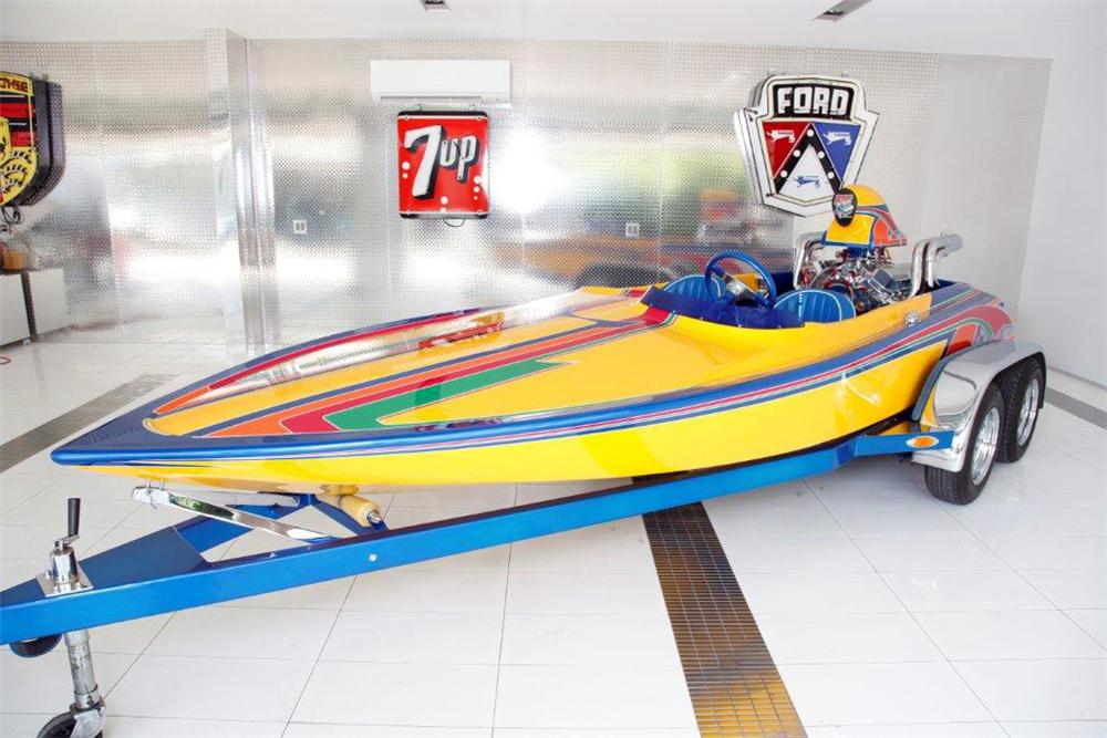 1981 COLE SPEED BOAT W/TRAILER - Front 3/4 - 117314