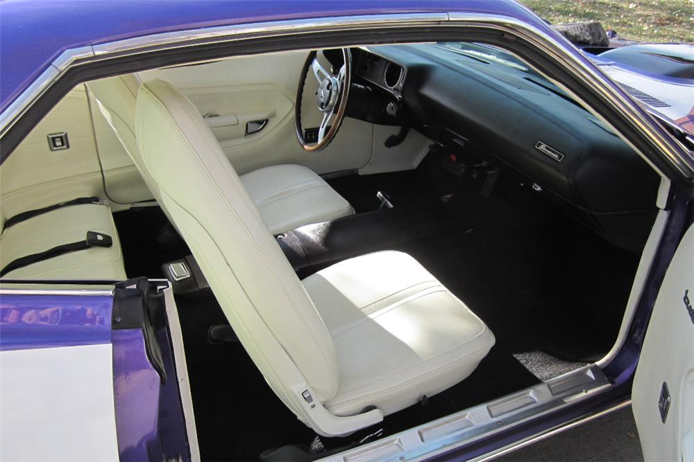 1971 PLYMOUTH CUDA 2 DOOR HARDTOP - Interior - 117315