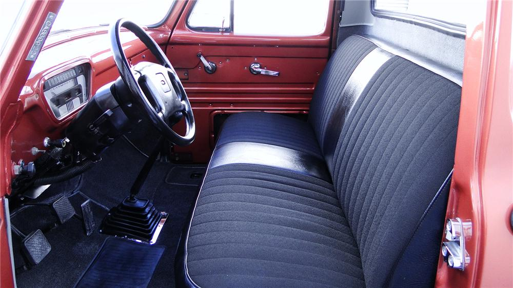1956 FORD F-100 CUSTOM PICKUP - Interior - 117318